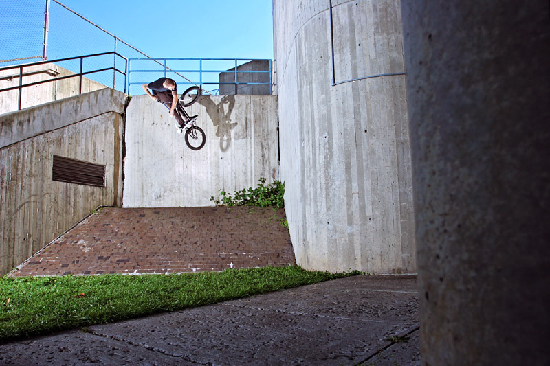 This turndown looks pretty tweaked, but really Ben can crank turndowns almost that far straight bunnyhop and pretty much buzz his shoulders on invert hops too.