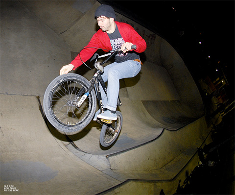 Chris Gordon - Tyre tickle...