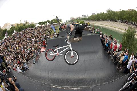 Ryan Guettler, whip air
