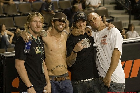 Stephen and Nasty were almost inseparable for a while, taking influence from each other whenever they rode – Joey Whitesnake, Corey Nastazio, Ryan Guettler and Stephen, Contest chillin.