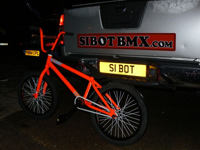 warrens-bike-build-at-sibotbmx-019