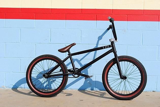 Pro Bike Check: Ashley Charles.