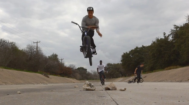 How to Barspin with the Nike team