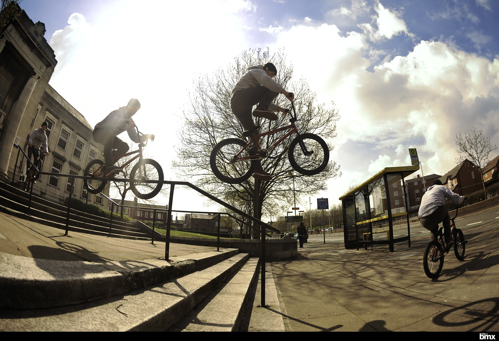 Pegs to over crankflip on a kinker.
