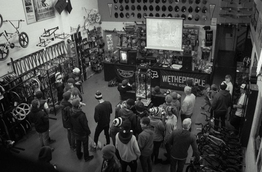 6 o'clock soon came, warming up at Crucial BMX Shop.