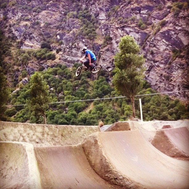 Riding Gorge rd today was sick ! First time riding BMX on dirt in 4 months blew the cob webs off contest Tomo (@kyeforte)