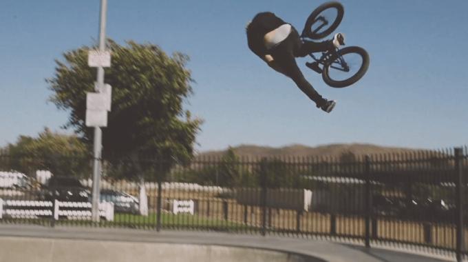 Kris Fox's Signature SE Bike | The Gaudium