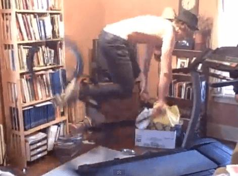 Footjam On A Treadmill!