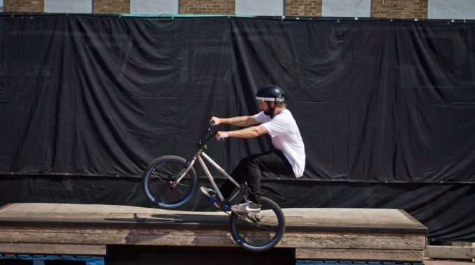 Ride Basics: How to Icepick Grind