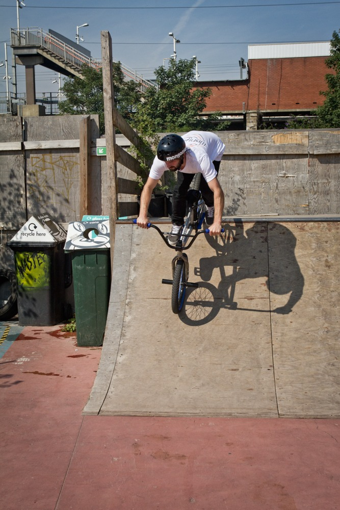 When both wheels are back in, start to pump the ramp.