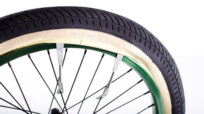 BMX BASICS: How to Fix a Puncture