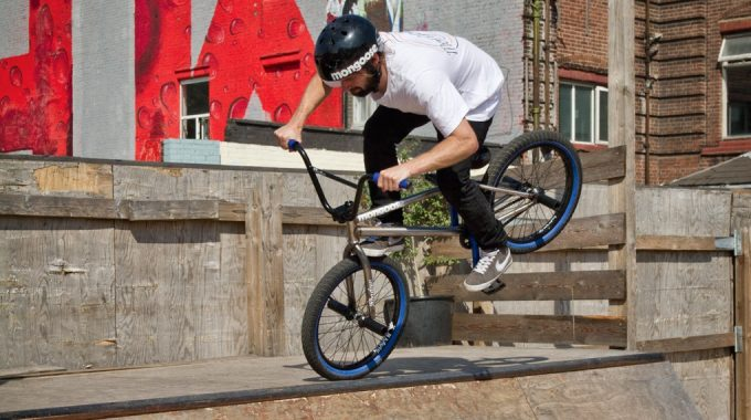 Ride Basics: How to Footjam Nosepick