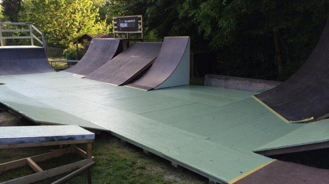 Felix Prangenberg's AMAZING D.I.Y Backyard Ramp Setup