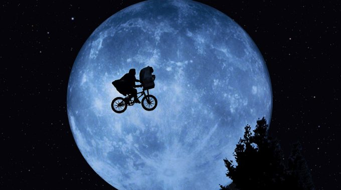 Solar Eclipse Special - We Asked An Astrophysicist If You Could Ride On The Moon