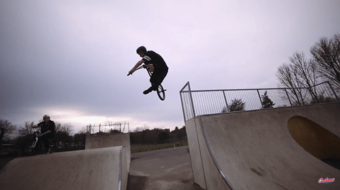 Ben Grist // Welcome To Custom Riders