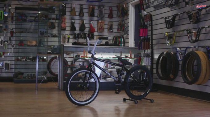 THE MAKE Crew // CUSTOM BMX - Bike Check