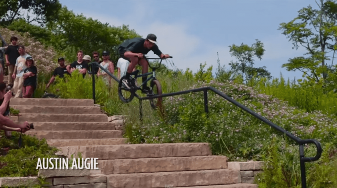 Dan Lacey Attacks the Streets of Chicago With Hundreds Riders - Monster Street Series