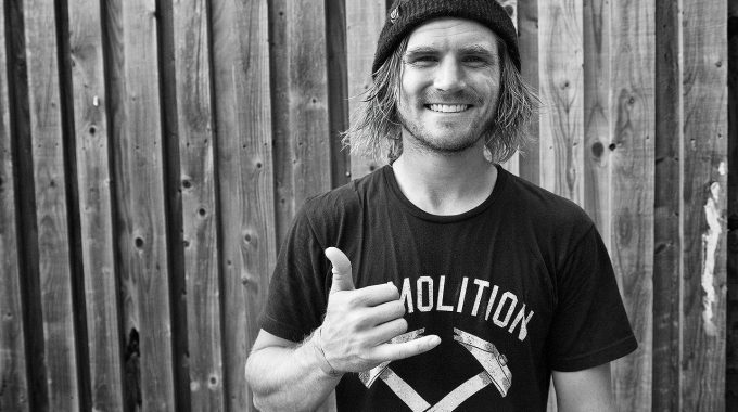 Kris Fox - Interview & Photo Gallery