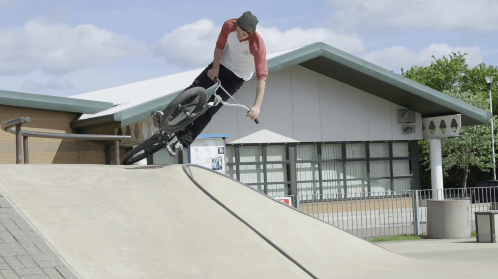 Villa Road: Andrew 'Inch' Thomson Surfing The Chalk