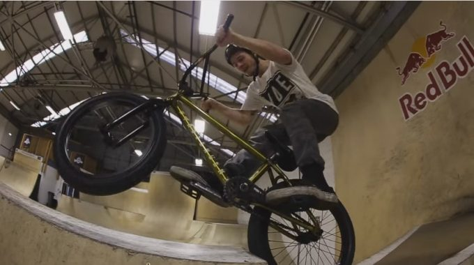 Kriss Kyle: Morning Webisode at Unit 23