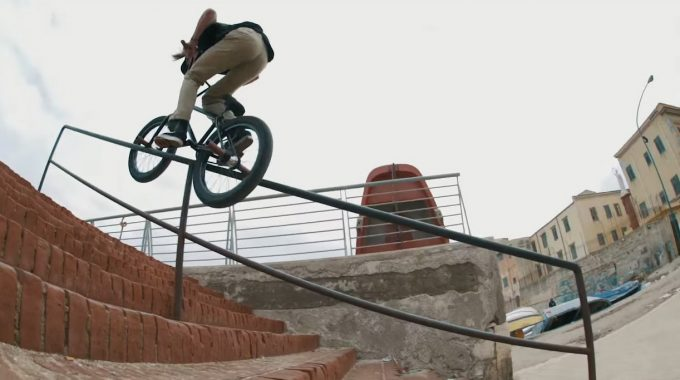 WETHEPEOPLE: Clutchin' At Straws – Sicily