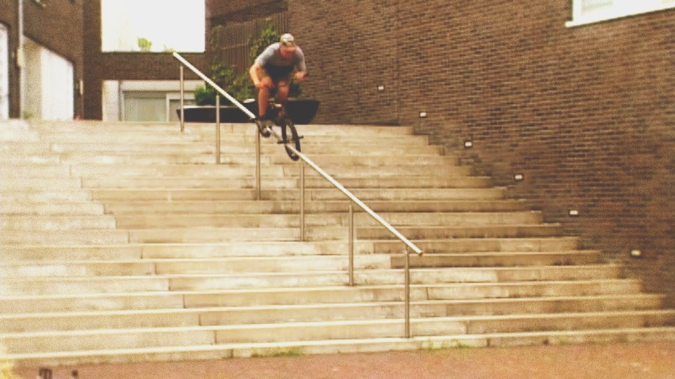 JORAM VAN DIJK: Ride UK x Onwies Knallen Crew