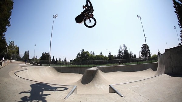 SE BIKES: Matt Cordova and Kris Fox California Coast'n