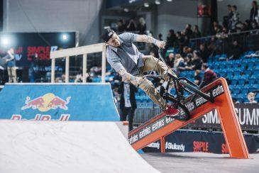 Ben Lewis with a tight rail move. Photo: Nicolas Jacquemin