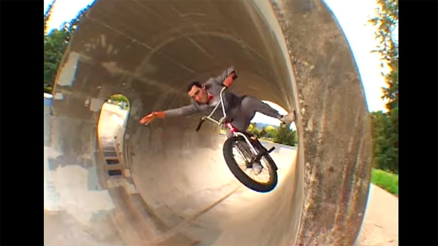 BONEDETH: Dean Dickinson - The Dirty Sniff Extra