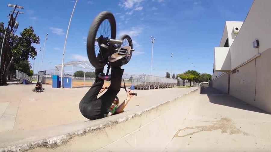 SUNDAY BIKES: Erik Elstran - Grow Up