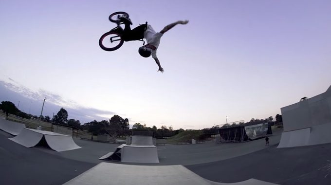 COLONY BMX: Chris James - Welcome to Pro