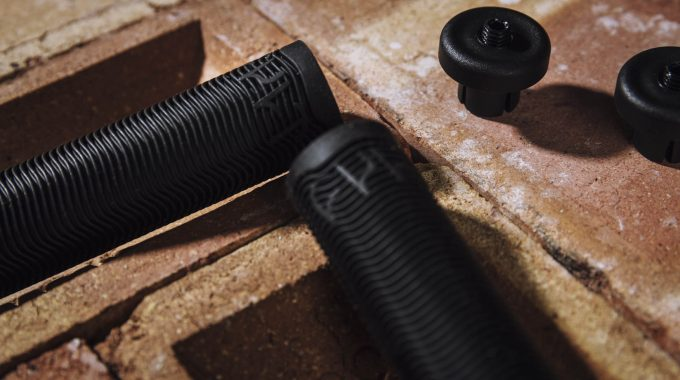 CULT RICANY GRIPS – REVIEW