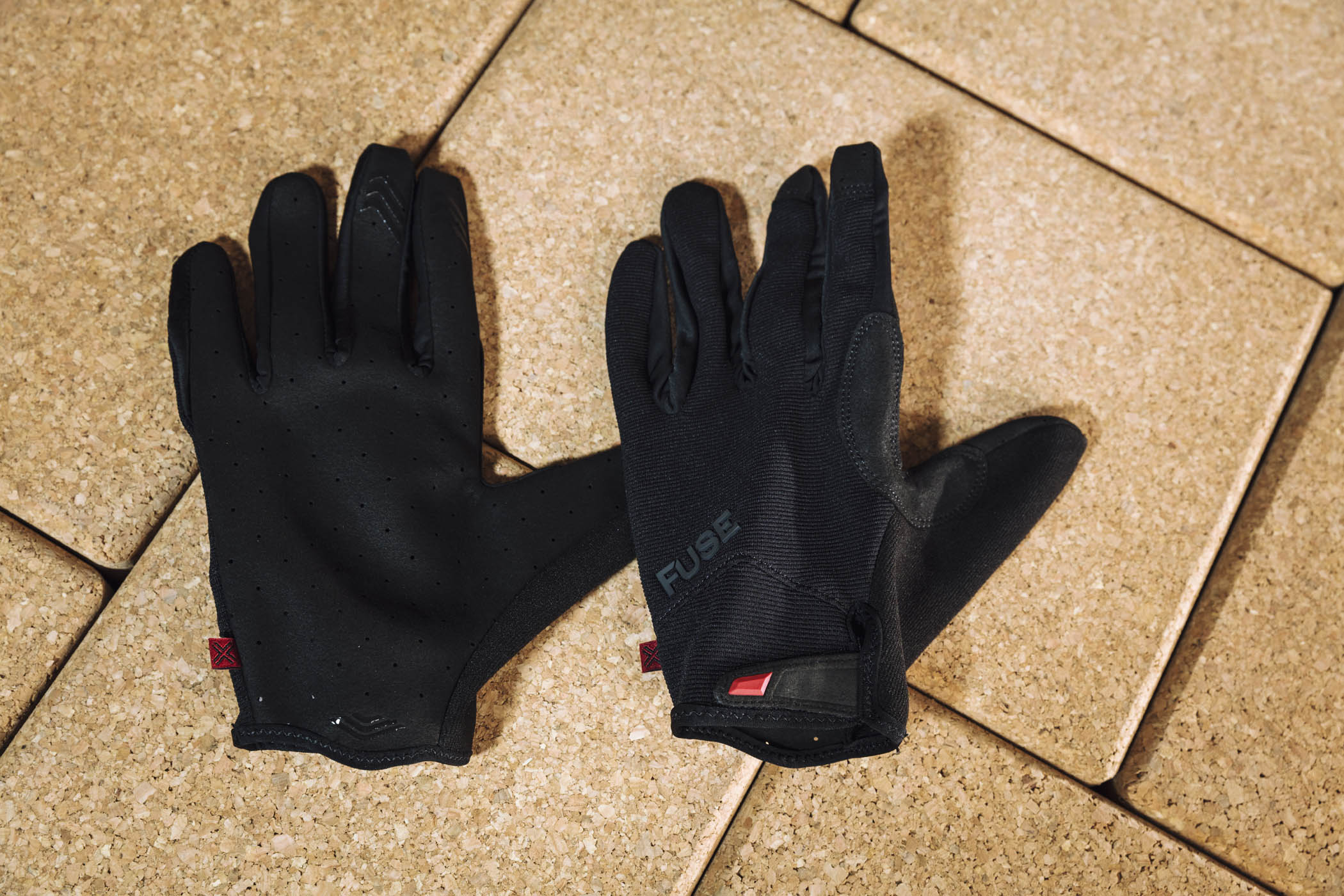 FUSE ALPHA GLOVES – REVIEW
