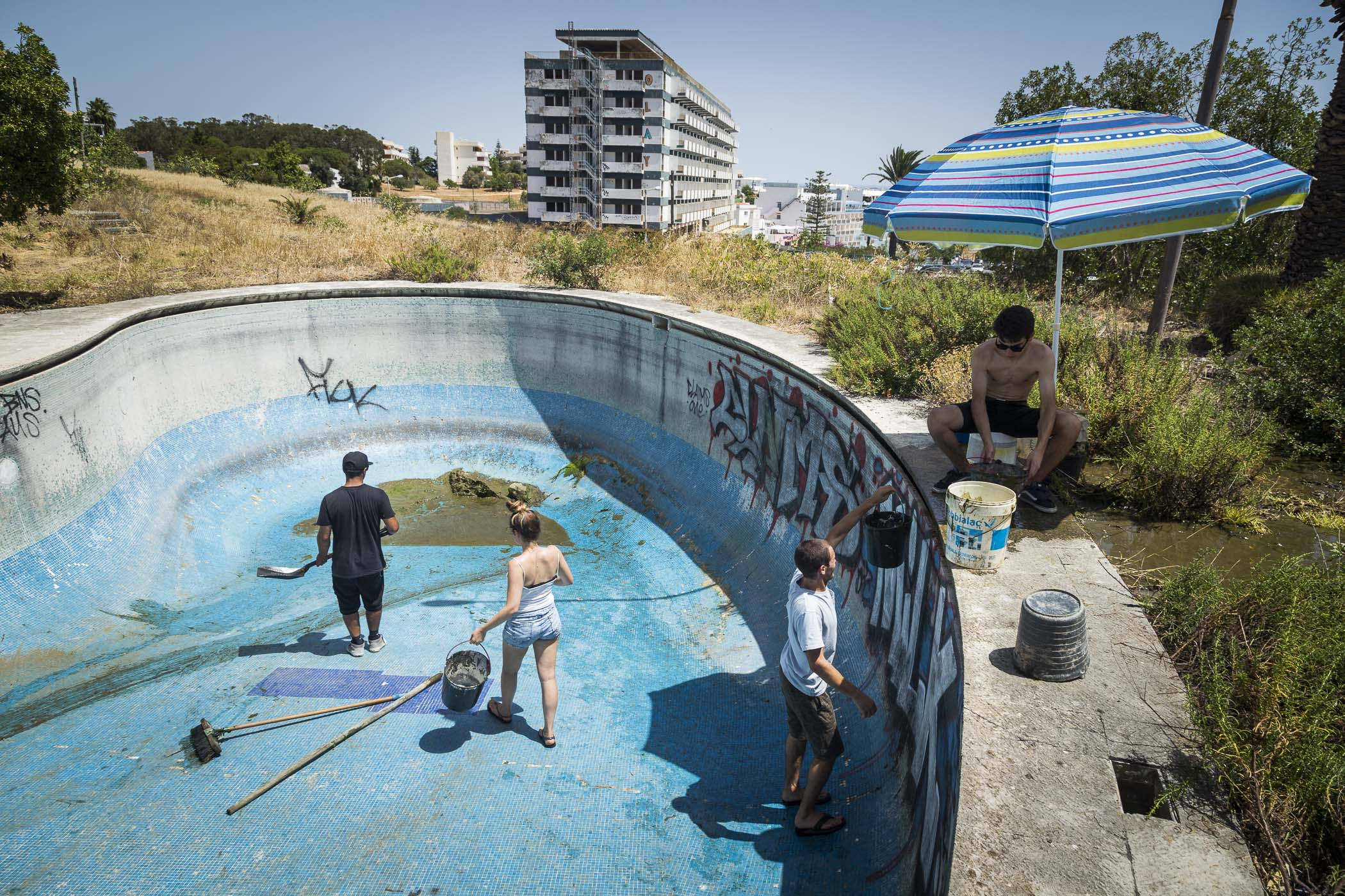 Portugal Pool Party Bmx Pool Riding With Joao Soar