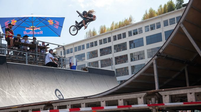 040 BMX Invitational Spine Ramp Contest 2018