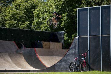 Joe Bowers, 180 over the box