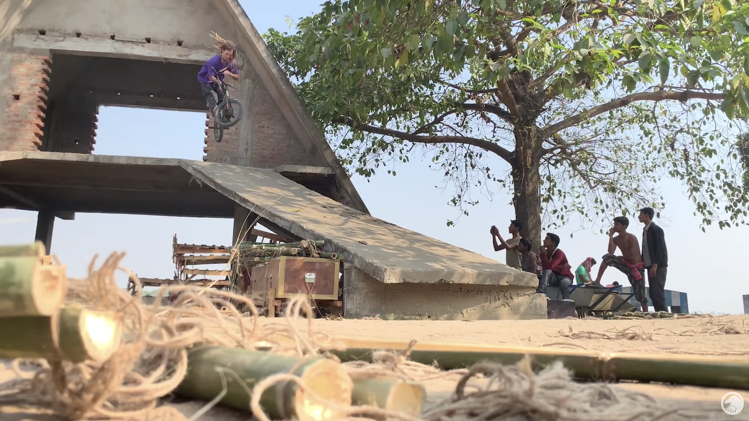 THE SHADOW CONSPIRACY: Experience India with Joris Coulomb
