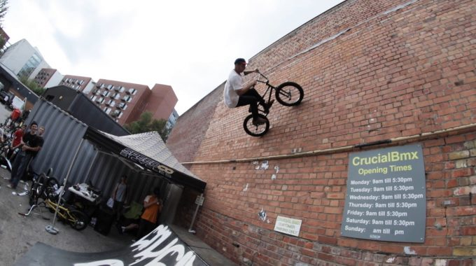 CRUCIAL x CULT: Shop Jam Video