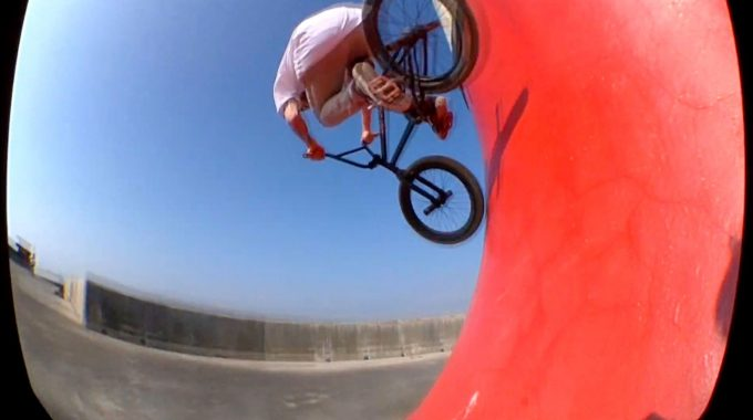 SOUTH COAST BMX: Charlie Fergusson - Fuego