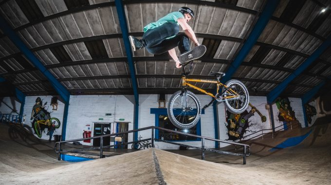 STAFF BIKE CHECK: Adam Lievesley