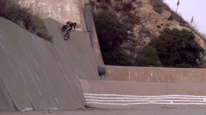 VANS BMX: Dennis Enarson - RIGHT HERE