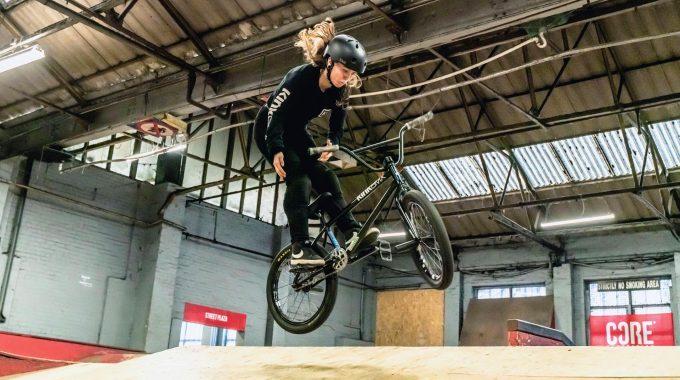 TEAM NEWS: Emma Finnegan on Kink BMX